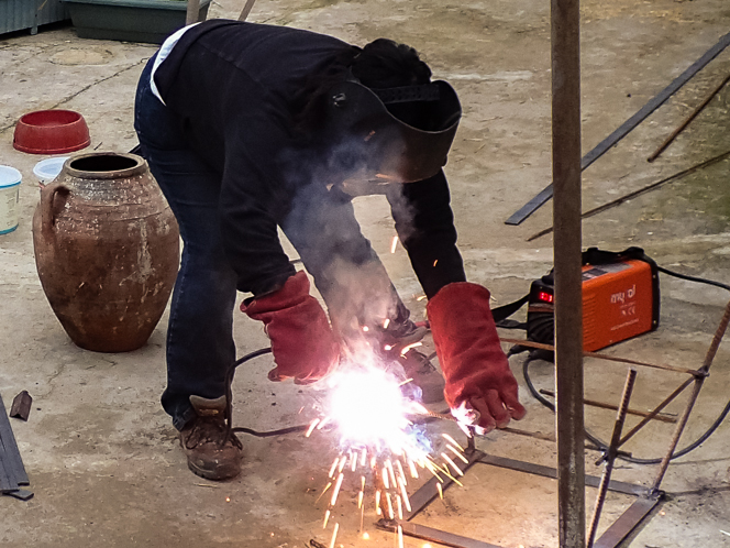 Sirem getting in on the welding action.